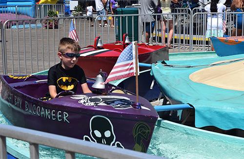 casino-pier-breakwater-beach-bwb-attractions-boats.jpg