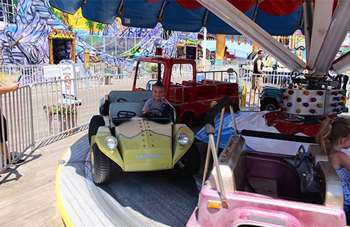 casino-pier-breakwater-beach-bwb-attractions-car-combo.jpg