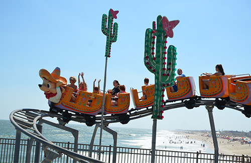casino-pier-breakwater-beach-bwb-attractions-hot-tamales-02.jpg