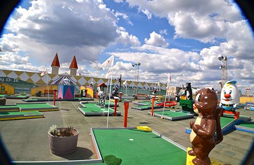 casino-pier-breakwater-beach-bwb-attractions-mini-golf-wacky-rooftop-03.jpg
