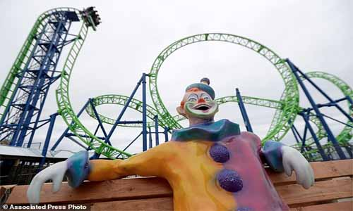 New roller coaster replaces the one Sandy plunged into sea